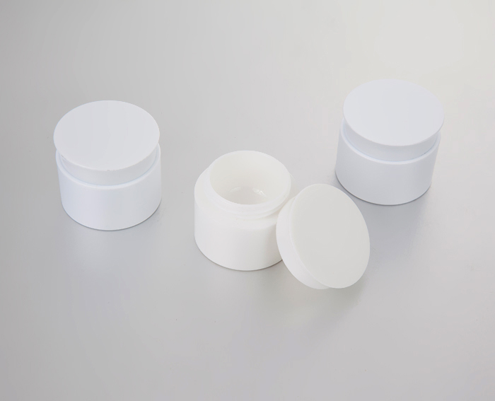 5g plastic cream jar with lid